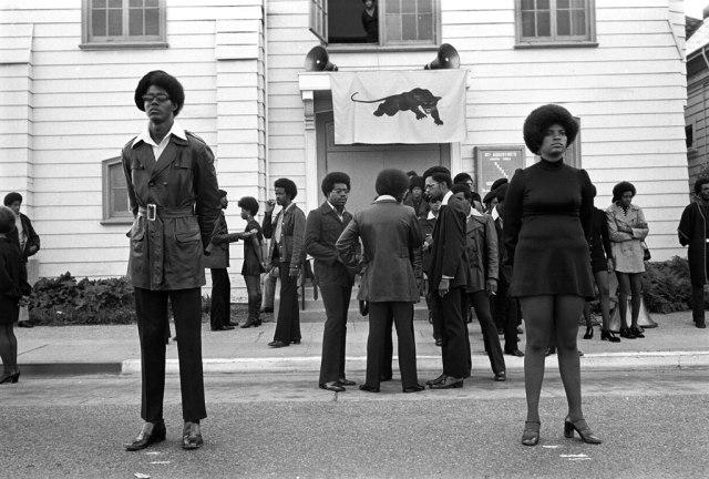 funerailles-de-george-jackson-oakland-28-aout-1971